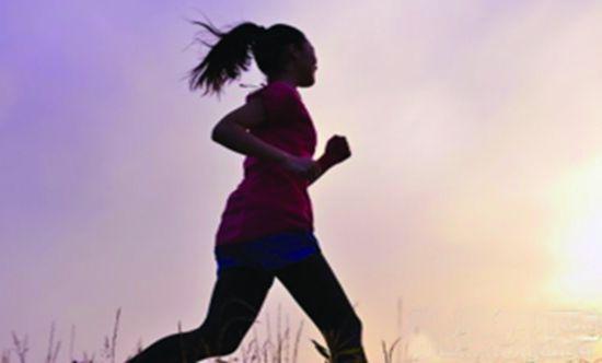 运动+花茶养出细长美腿