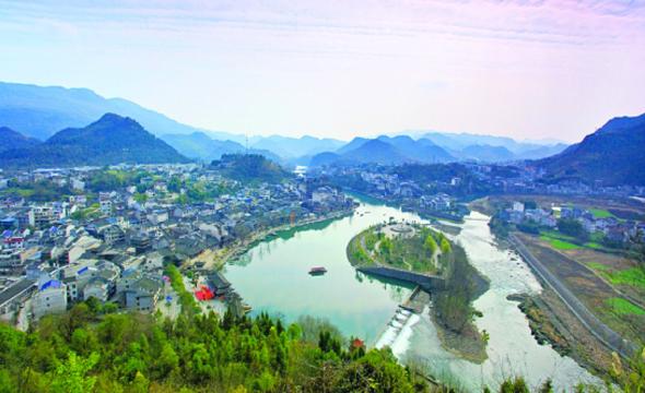 """边城茶峒打造""""中国电影小镇"""""""