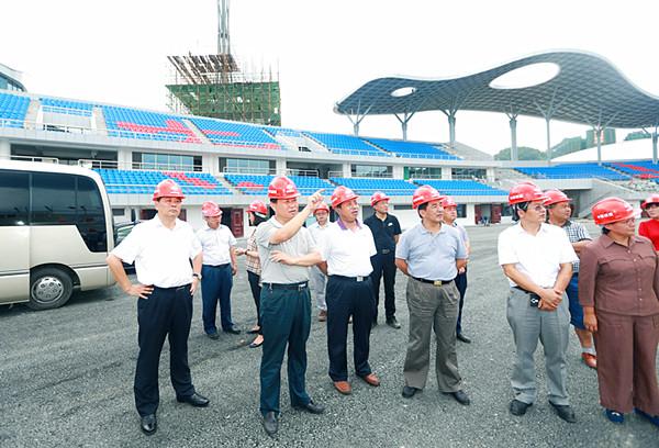 叶红专:抓实项目 抓细管理 着力推进湘西经开区产城融合发展