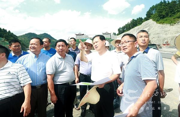 叶红专调研永吉高速公路项目建设
