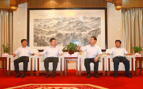 叶红专会见中国建筑国际集团和中建五局高管