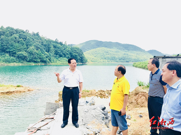 叶红专:坚定不移持续推进民生工程建设 不断增强群众获得感提升满意度