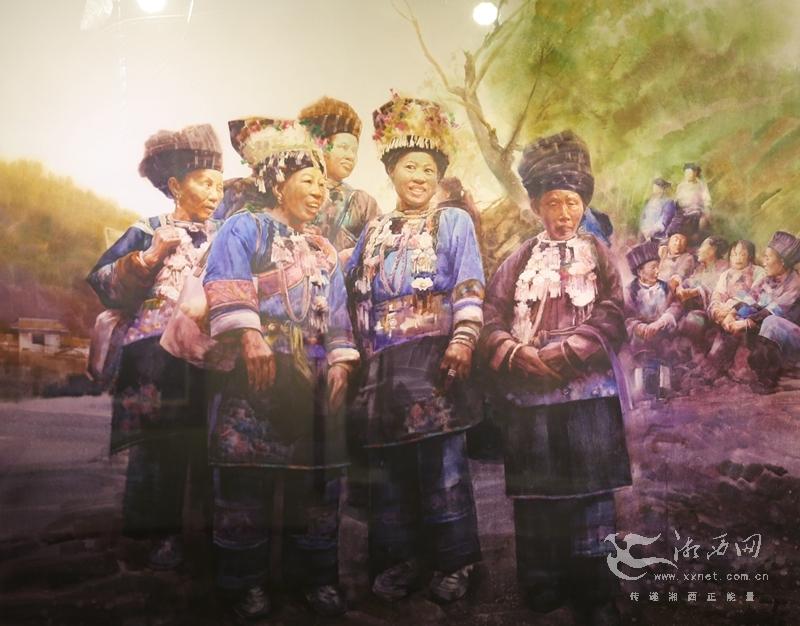作品有国画,油画,版画,砂石画,水彩画等,描绘了美丽湖南山水以及近年